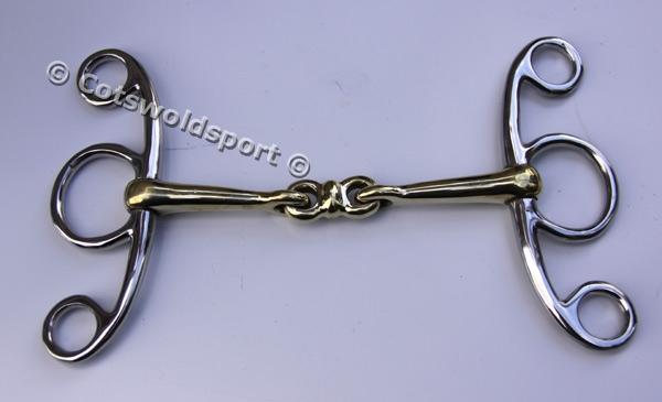 http://www.cotswoldsport.co.uk/Main-Shop/pics/e/bi/Jumper_Loz1.jpg