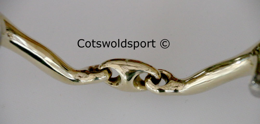 http://www.cotswoldsport.co.uk/Main-Shop/pics/e/csbits/lozeggbutt_ts3.jpg