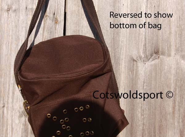 https://www.cotswoldsport.co.uk/Main-Shop/pics/e/ek/Nosebag_brown2.jpg