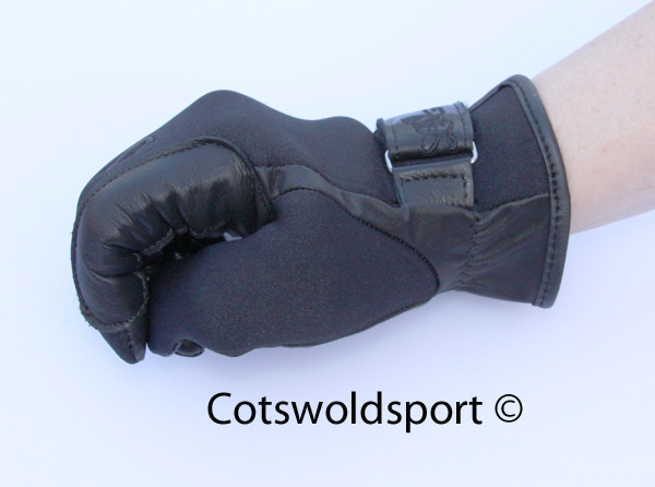 http://www.cotswoldsport.co.uk/Main-Shop/pics/e/ek/glov_neop_lea3.jpg