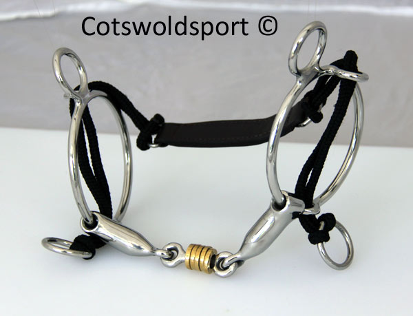 https://www.cotswoldsport.co.uk/Main-Shop/pics/e/csbits/Roller_Curb_gag2.jpg