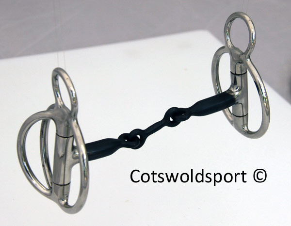 https://www.cotswoldsport.co.uk/Main-Shop/pics/e/csbits/rockin_wilson1.jpg
