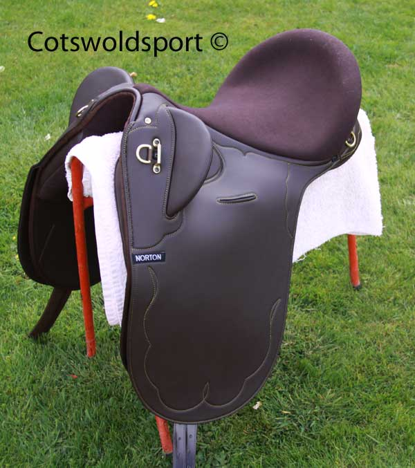 https://www.cotswoldsport.co.uk/Main-Shop/pics/e/ek/StockSad_1.jpg