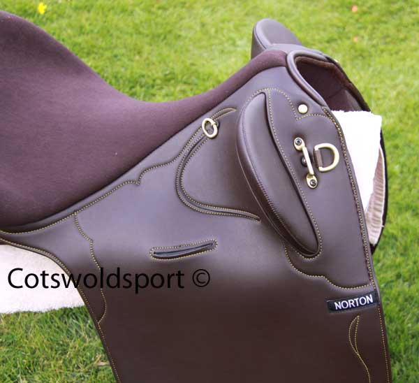 https://www.cotswoldsport.co.uk/Main-Shop/pics/e/ek/StockSad_2.jpg