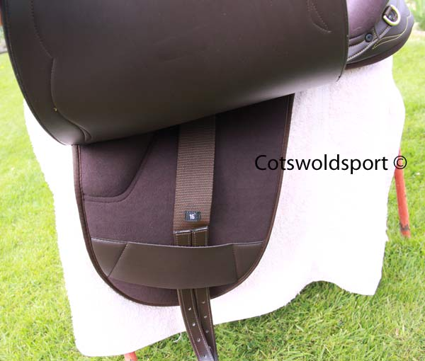https://www.cotswoldsport.co.uk/Main-Shop/pics/e/ek/StockSad_4.jpg